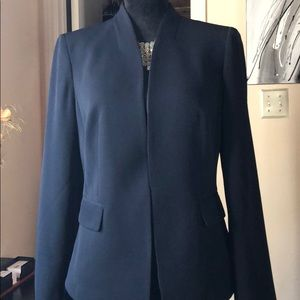 New, JNY Navy classic stretch collarless blazer 10